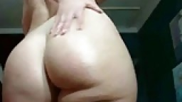 Delicious PAWG brunette solo girl webcam show